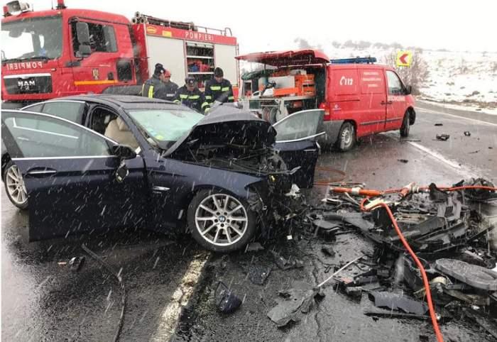 Accident mortal în Cluj! Sunt cinci victime, dintre care un copil, după ce un autoturism şi un microbuz s-au ciocnit violent