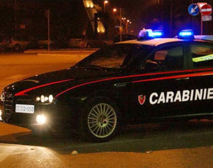 Un român a comis infracţiuni pe bandă rulantă în Torino! La sfârşit, şi-a împărţit pumni şi picioare cu paznici, poliţişti şi medici