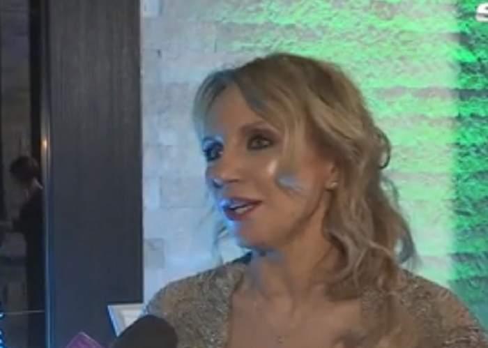 """VIDEO / Camelia Şucu, lecţie de modestie la un eveniment: """"Este cuantumul fericirii"""""""