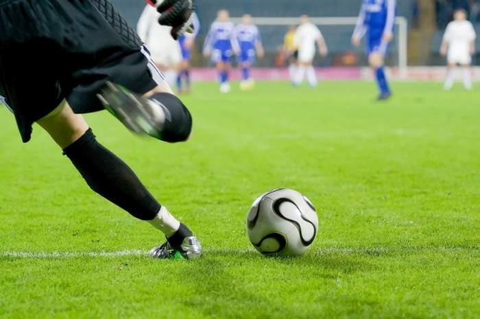 Doliu în lumea sportului! Un fotbalist de top a murit într-un accident de circulaţie!
