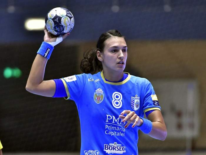 ULUITOR! Cristina Neagu câştigă mai mult decât Denis Alibec! Salariul fabulos pe care handbalista îl încasează la CSM Bucureşti