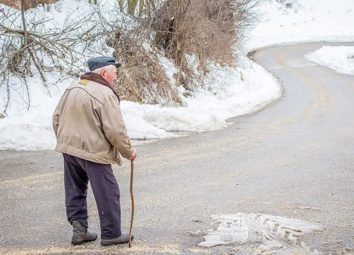 Acuzaţii terifiante în Italia. Ce a putut să-i facă unei românce bătrânul pe care îl îngrijea