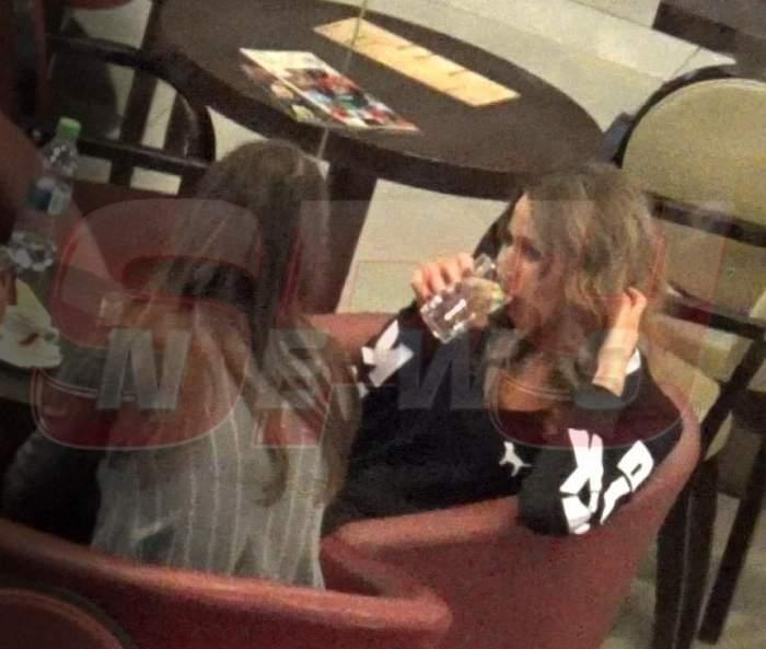 """VIDEO PAPARAZZI / Ea e fina manechina! Cum se întreţine Crina Abrudan ca să nu-l dezamăgească pe naşul """"Oli"""""""