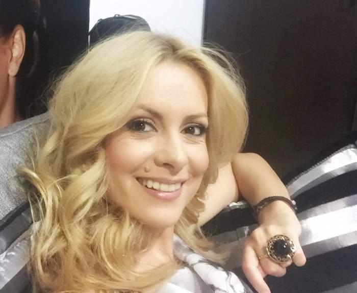 """FOTO / Fiica Simonei Gherghe e cea mai fericită! Prezentatoarea TV i-a făcut o surpriză: """"Prima dată cu sania!"""""""