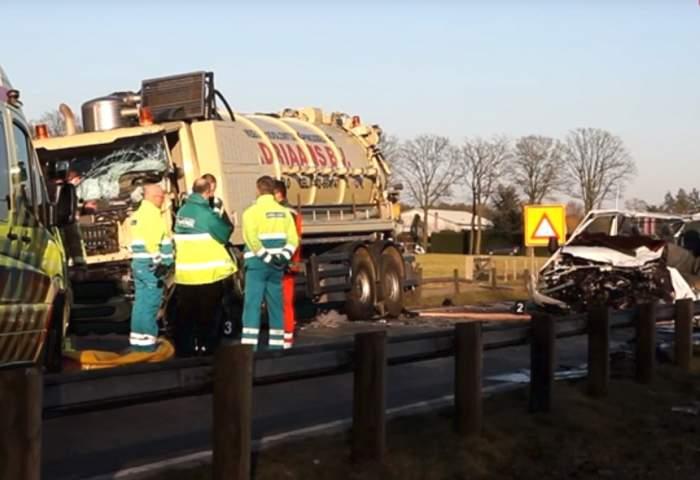 VIDEO / Accident grav pe o şosea din Olanda! Cinci români au murit