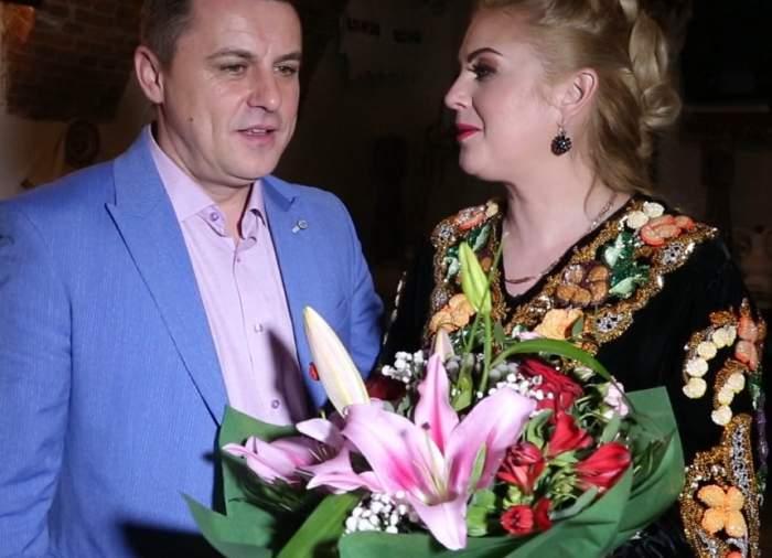 VIDEO / Imagini fabuloase de la petrecerea aniversară a primarului care a avut 7000 de invitaţi la nuntă