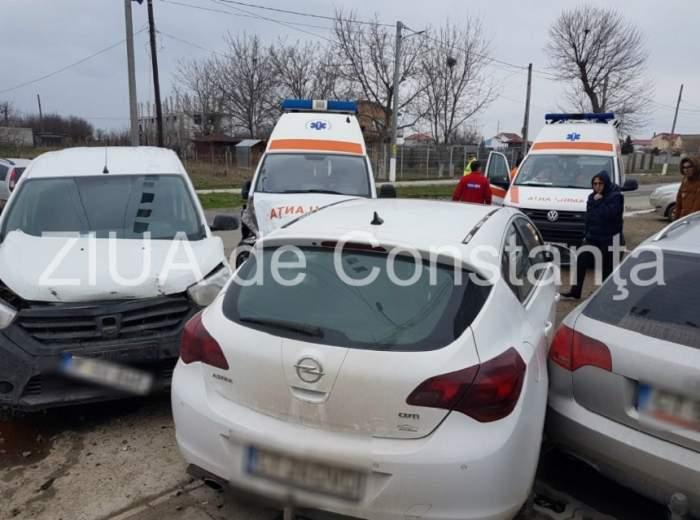 VIDEO / Carambol în Constanţa! O ambulanţă care transporta un pacient şi mai multe autoturisme s-au ciocnit
