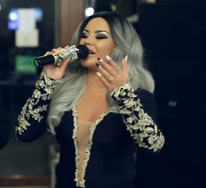 """Carmen de la Sălciua, criticată de fani: """"Nas operat, buze false, păr fals... Păcat de tine!"""" Ce a stârnit revolta"""