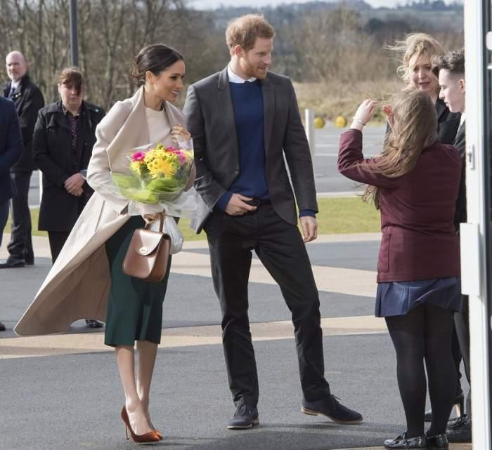 Cine o va conduce la altar, dar şi cine îi va fi domnişoară de onoare! Cele mai noi informaţii despre nunta Prinţului Harry cu Meghan Markle