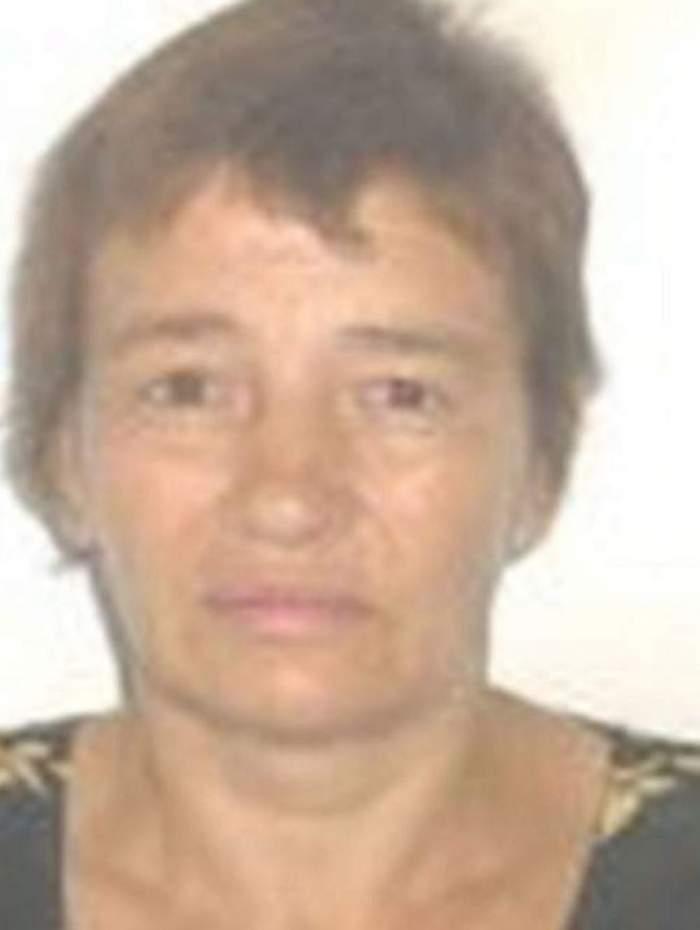 Descoperire şocantă pe terenul de fotbal. O femeie din Prahova a fost găsită moartă şi dezbrăcată de către câţiva copii