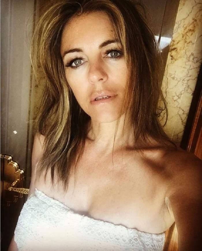 """FOTO / E """"bombă"""" la 52 de ani. O actriță cunoscută face ravagii cu trupul ei de puștoaică"""