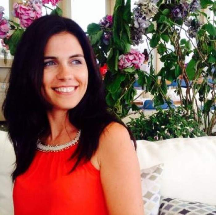 """VIDEO / Aida Parascan a vrut să fie mireasă, anul acesta se va întâmpla: """"Dorm acasă"""""""