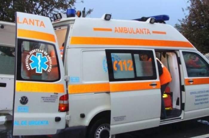 Alertă în Capitală! Un copil de aproape 2 ani a căzut de la etajul 6 al unui bloc