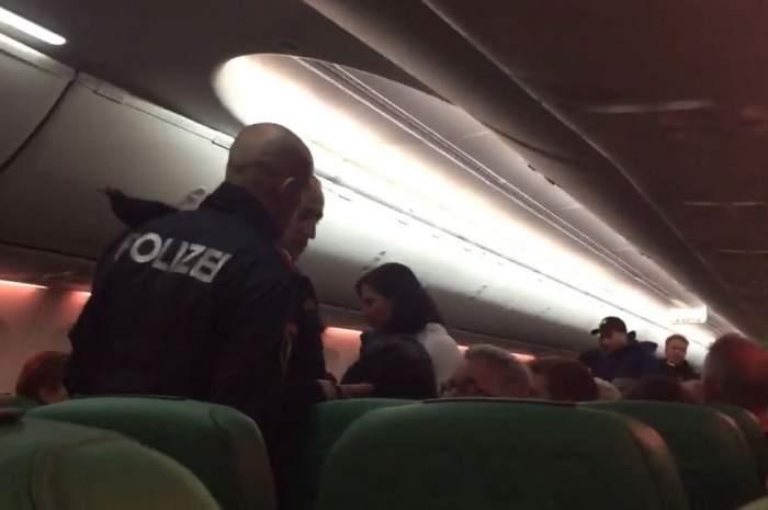 Panică la bordul unui avion! O stewardesă a fost luată ostatică! Aeronava a aterizat de urgenţă