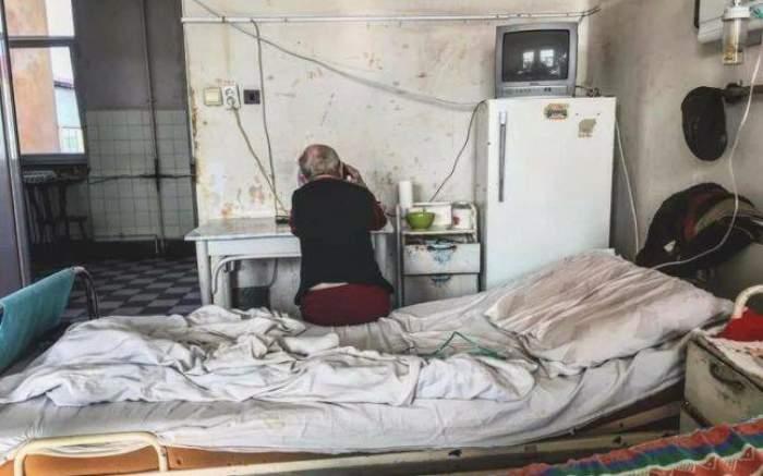 Imagini scandaloase, în spitalele din România! Pacienţi umiliţi în ultimul hal!