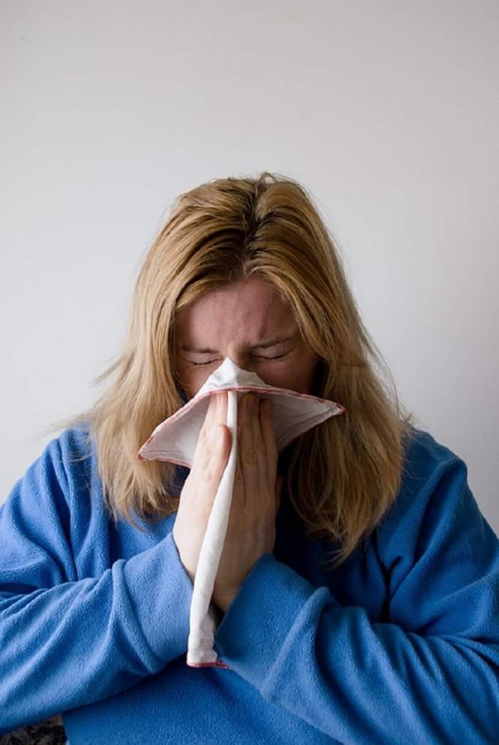 ÎNTREBAREA ZILEI: Tu știi să tratezi alergiile de primăvară?