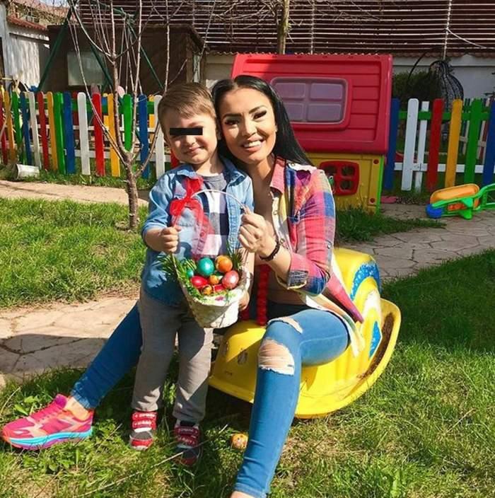 VIDEO / Cum i-a răspuns Andreea Mantea unei fane care i-a transmis să-şi ducă micuţul la dentist