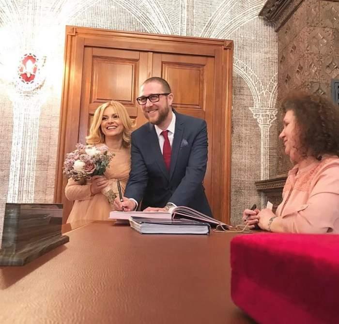 Simona Gherghe şi soţul său împlinesc un an de la cununie. Cum a ales vedeta să marcheze momentul