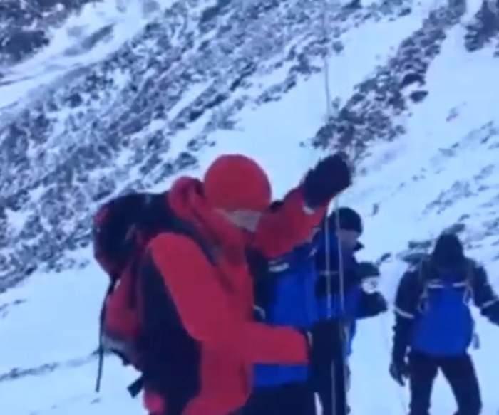 VIDEO / Operațiune de salvare în Munții Bucegi! O mamă și fiul ei de 11 ani au căzut într-o prăpastie