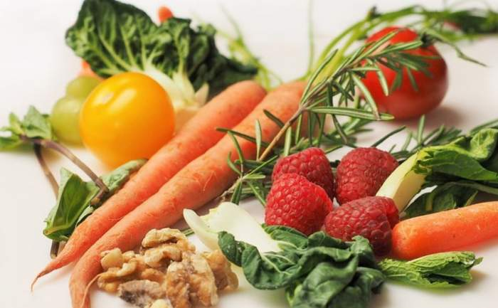 Cele cinci alimente pe care le poți consuma seara și nu te îngrași. Care e preferatul tău?
