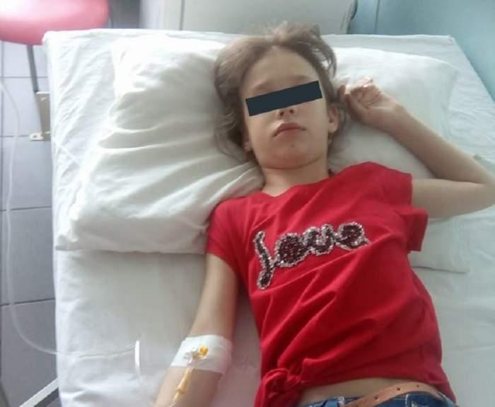O fetiță din Teleorman a leșinat în drum spre casă, după ce învățătoarea a dat-o cu capul de tablă