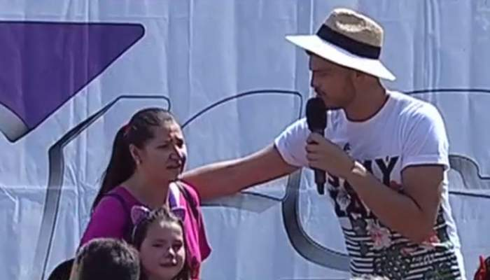 FOTO / Momente de panică în timpul emisiunii prezentată de Răzvan Botezatu. O mamă şi-a pierdut copilul în mulţime