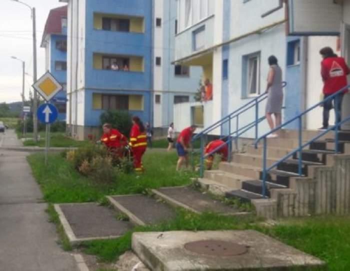 FOTO / Un medic stomatolog a murit după ce s-a aruncat de pe geamul bucătăriei. Primele imagini de la faţa locului