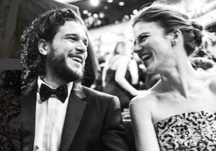 """FOTO / Fericire imensă pentru fanii """"Game of Thrones"""". Kit Harington şi Rose Leslie s-au căsătorit. Primele imagini de la nuntă"""