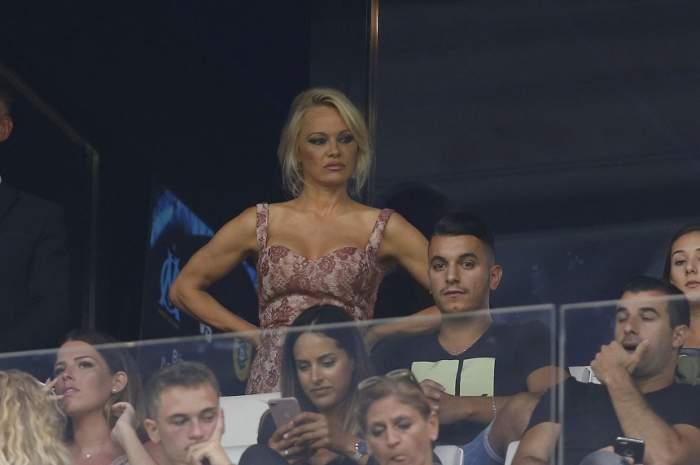 Pamela Anderson a mers după iubit la Cupa Mondială. Amorezii nu au avut voie să întrețină relații intime înainte de meci