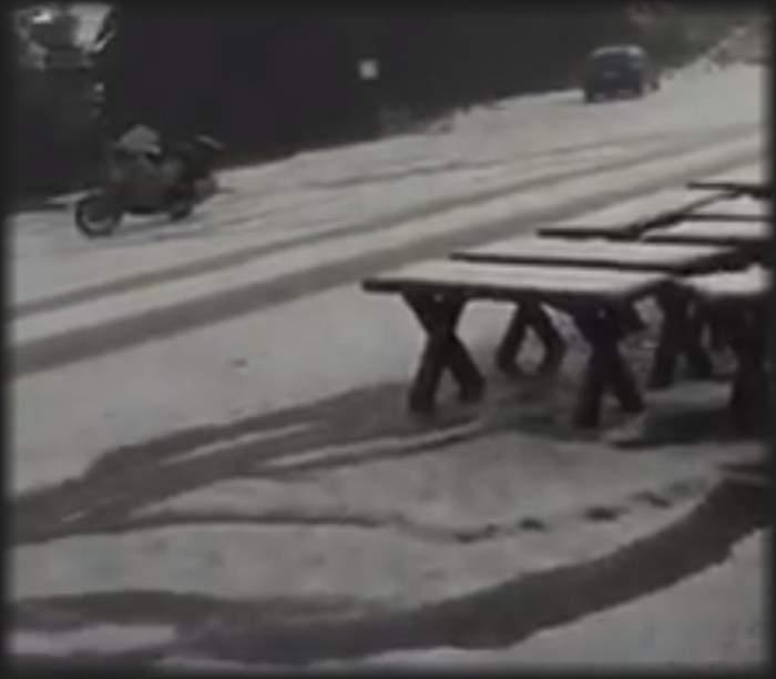 VIDEO / Natura s-a dezlănţuit la Rânca. Staţiunea a fost acoperită cu un strat gros de gheaţă în urma urgiei