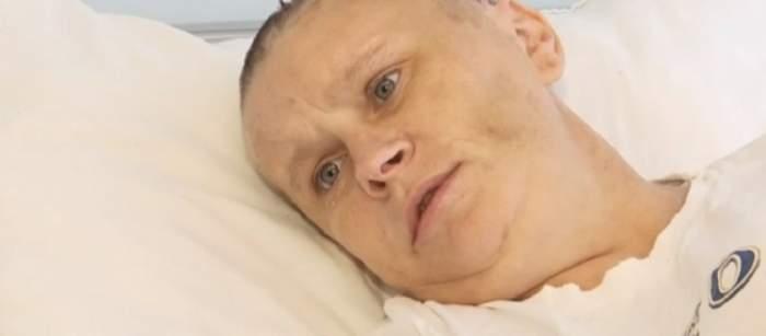 VIDEO / I-a crăpat capul! Mama a trei copii a ajuns în stare critică, după ce a fost snopită de soţul ei