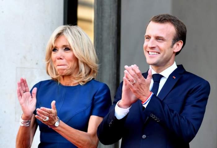 Cum arată soţia lui Emmanuel Macron în costum de baie! La 64 de ani, Brigitte e într-o formă de zile mari