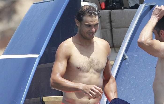 FOTO / La tenis e talentat, dar stai să vezi cum arată dezbrăcat! Rafael Nadal, pictorial incendiar în vacanță