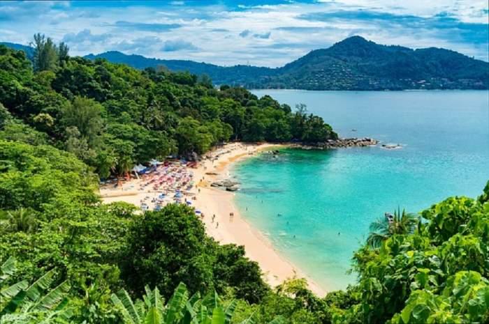 Turişti în pericol! Autorităţile au dat alerta pe o plajă