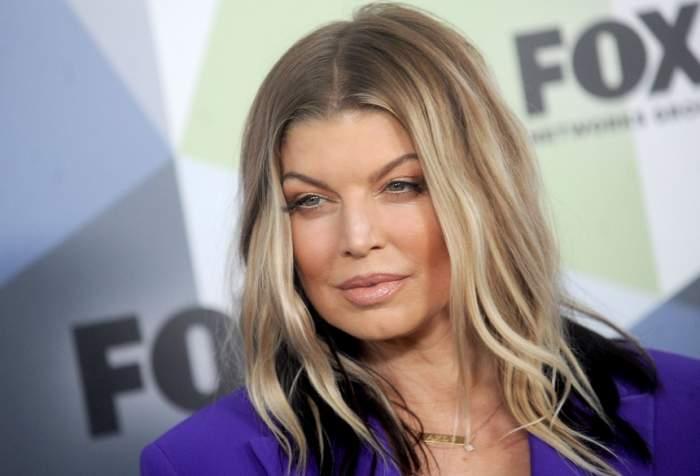 FOTO / Fergie, doar o umbră a femeii sexy de odinioară. S-a îngrășat și are un aspect neîngrijit