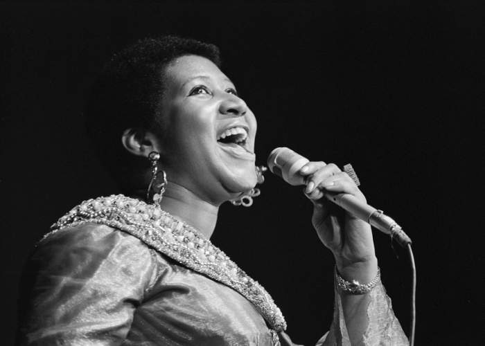"""GALERIE FOTO / Viaţa Arethei Franklin în imagini. Cum a evoluat """"Regina muzicii Soul"""""""