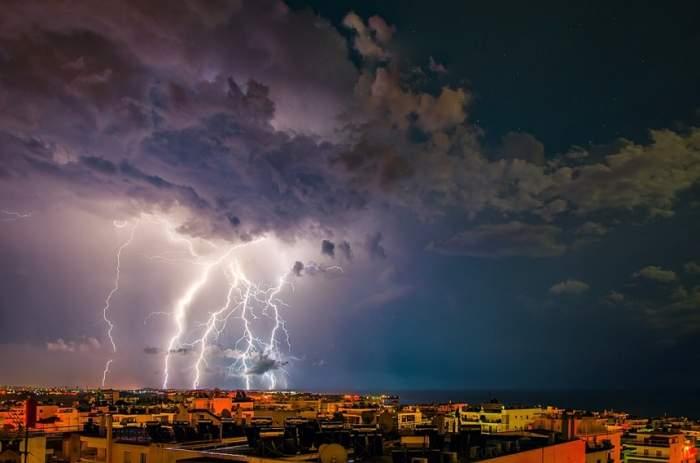 UPDATE / Vremea rea nu ne dă pace! Meteorologii au emis noi avertizări