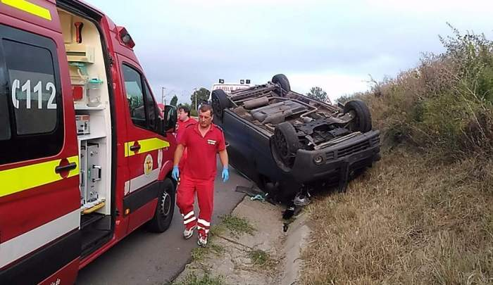 FOTO / 11 victime, în urma unui accident grav la Iași. Oamenii mergeau la muncă, cu un microbuz