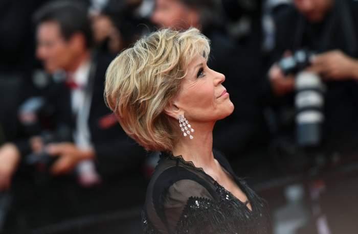 Jane Fonda sfidează limitele frumuseții, la 80 de ani! Câte operații estetice are actrița