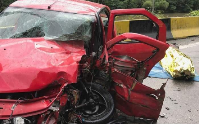 Accident grav în Buzău. Un mort, patru rănţi şi trei maşini implicate