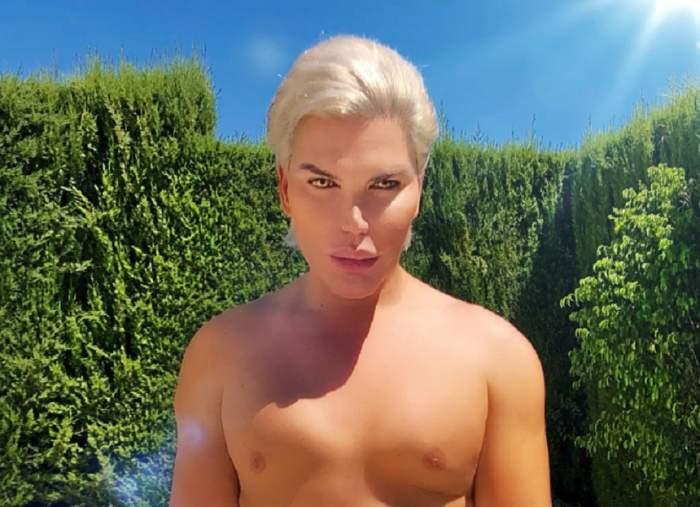 """VIDEO / """"Păpuşa umană Ken"""", imagine incendiară! S-a filmat gol puşcă la piscină"""