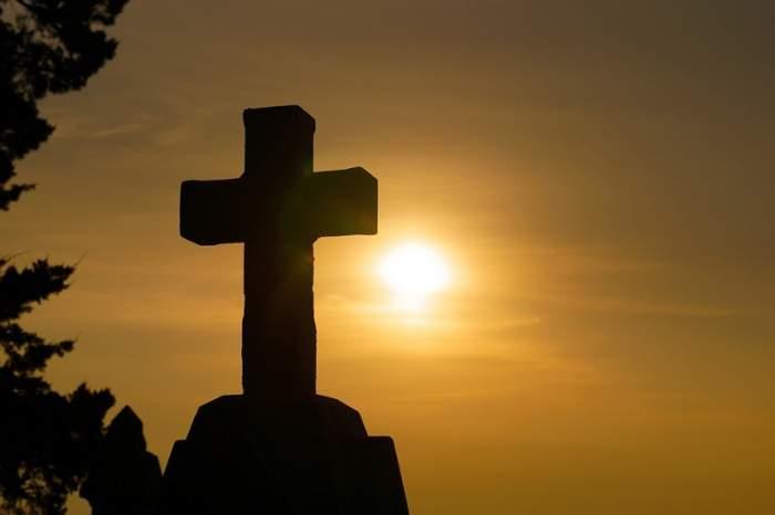 Înălțarea Sfintei Cruci. De ce nu este bine să-ți tunzi părul în această zi sfântă