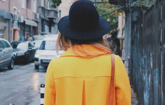 Vrei să fii admirată în această toamnă? Articolul vestimentar care nu ar trebui să-ţi lipsească din garderobă
