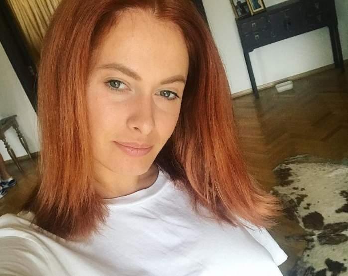 FOTO / Raluka a venit în sânii goi la un eveniment! Toți ochii au fost în decolteul ei