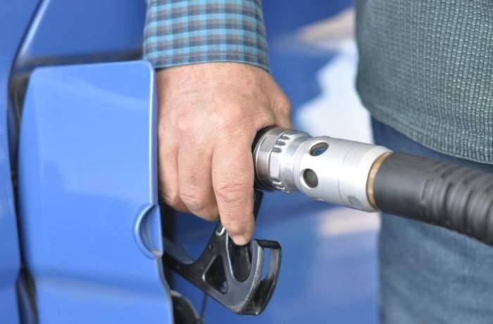 Veste bombă pentru şoferi! Carburanţii s-ar putea ieftini în scurt timp