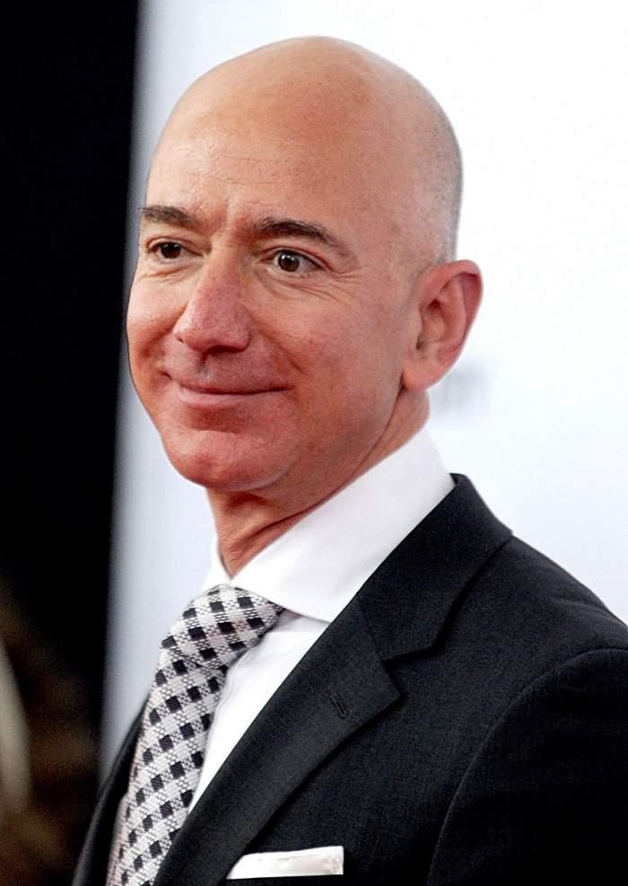 FOTO / Unul dintre cele mai costisitoare divorţuri. Jeff Bezos pune la bătaie 137 de miliarde de dolari
