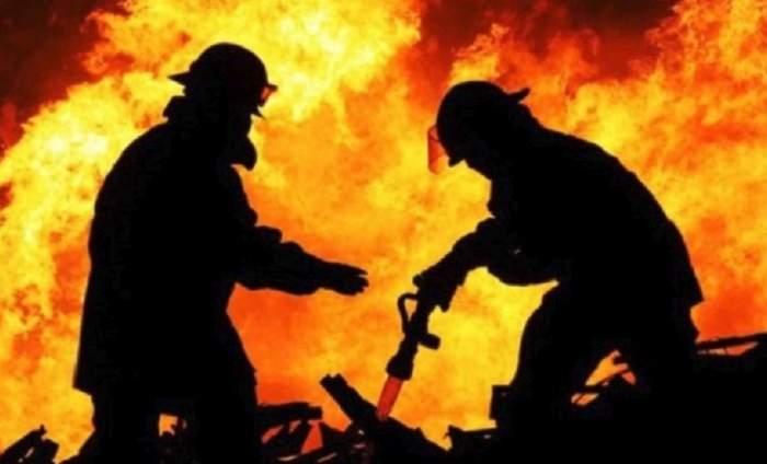 Este şocant cum a vrut să-şi recupereze iubita! I-a incendiat casa şi a apărut apoi drept eroul salvator