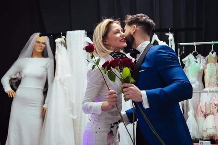 VIDEO / Hannelore și Andi, trandafiri și sărutări, după despărțirea de Bogdan. Imaginile care spun tot!