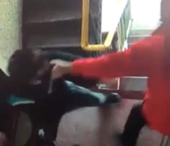 VIDEO / Imagini absolut şocante în Galaţi! Un recidivist a bătut crunt un bătrân