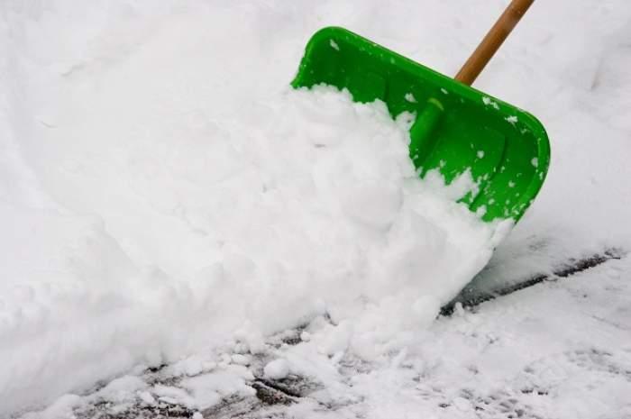 Se întorc ninsorile. Temperaturi scăzute, zăpadă şi polei, începând cu această noapte